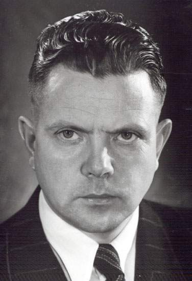 Valdmanis was Newfoundland and Labrador's Director-General of Economic Development from 1950 to 1953.