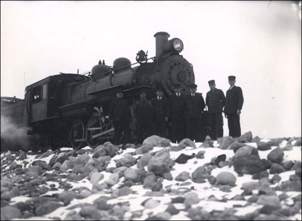 The costs of maintaining the Newfoundland Railway greatly added to the country's mounting national debt. The service consistently lost money throughout the 1920s and 1930s, with annual deficits amounting to as much as $3 million.