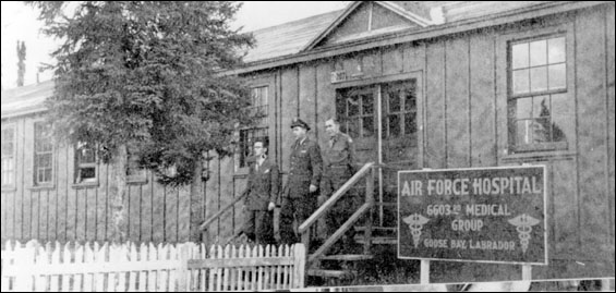 The hospital was built by the United States Air Force in World War II and operated by the United States North East Command (USNEC).